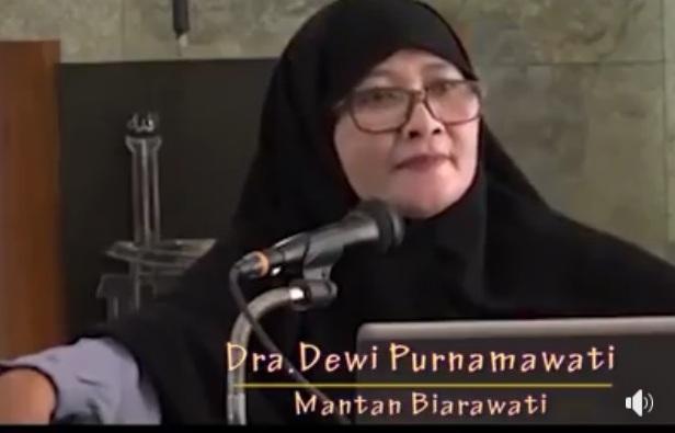 Mualaf Dewi Purnamawati