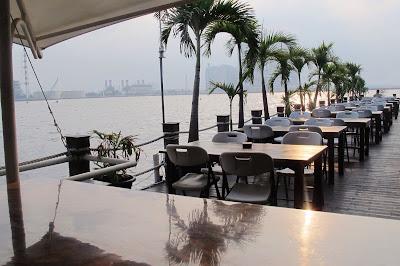 Inilah 9 Tempat Romantis di Kota Jakarta, Sweet Banget!