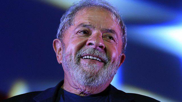 Chapa 'paz e amor' de Lula terá vice moderado