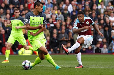 Liverpool gana al Burnley 2 a 1
