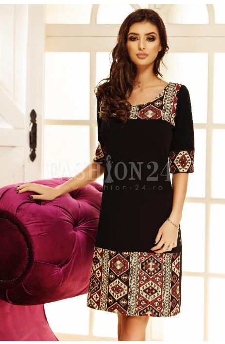 Rochie de ocazie, cu motive traditionale, in nuante de negru, cu manecile trei sferturi si decolteul rotund, design deosebit