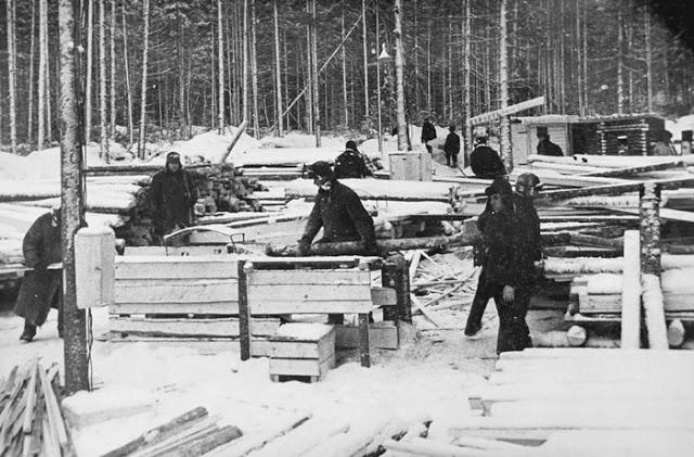 Gulag na Siberia. Para o leste da região de Perm está o vasto território da Sibéria. Foto do Museu Gulag em Perm-36.