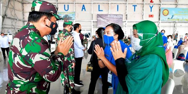 Bertemu Keluarga Prajurit Nanggala-402, Jokowi Janji Buatkan Rumah