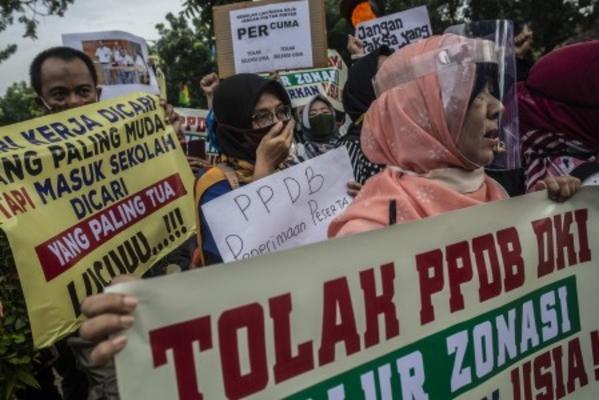 PPDB Ricuh Lagi Kali Ini Soal Transparansi Kemendikbud Diminta Turun Tangan