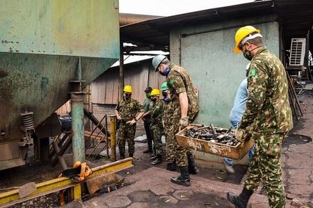 Exército destrói quase 1,6 mil armas de fogo
