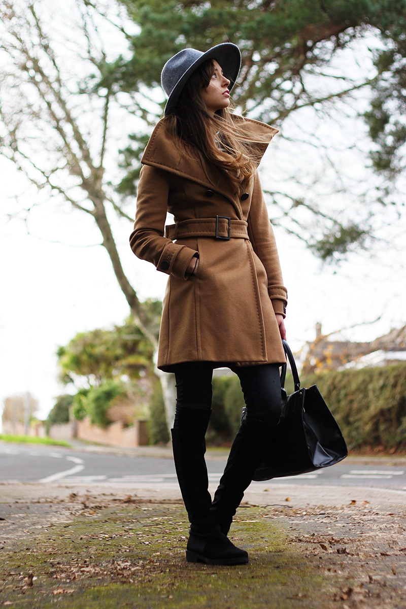 Barbour Tack Fedora | Trench Coat