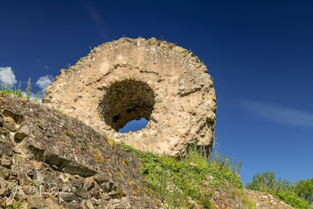 château de l'Engelbourg… vestiges du donjon