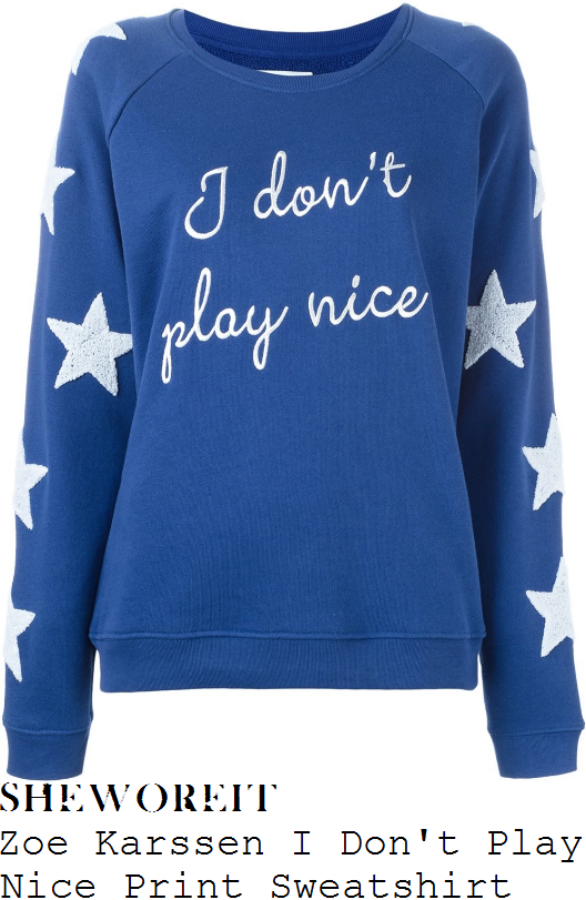 chloe-sims-zoe-karssen-i-dont-play-nice-mazarine-blue-and-white-slogan-print-oversized-textured-boucle-star-patch-detail-long-sleeve-relaxed-fit-raglan-sweatshirt