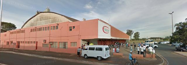 Foto do Ginásio de Esportes Rochão em Barretos-SP - Google Maps