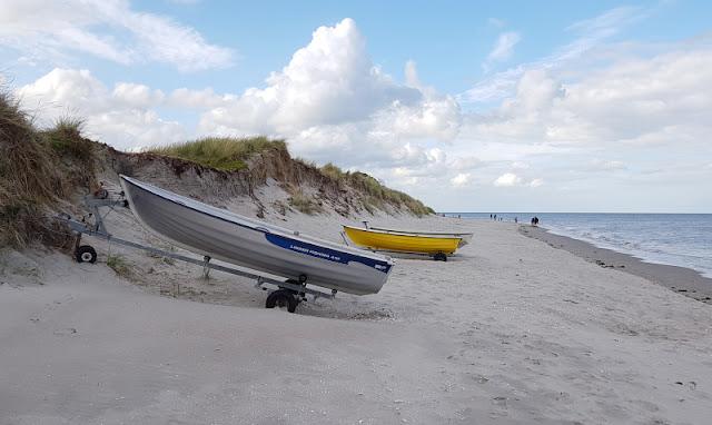 Unsere 11 besten Ausflugstipps für die Ostseeküste Nordjütlands. Der Muschel-Strand von Lyngsaa ist ein wunderbares Ausflugsziel in Nordjütland!