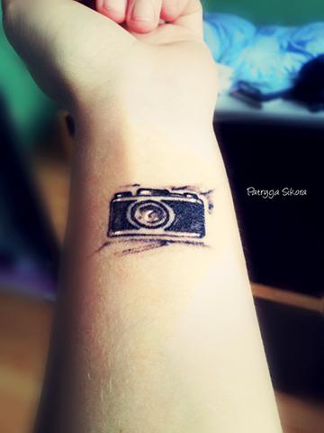 śmieję Się Bo Jestem Szczęśliwa Czy Warto Sobie Zrobić Tatuaż