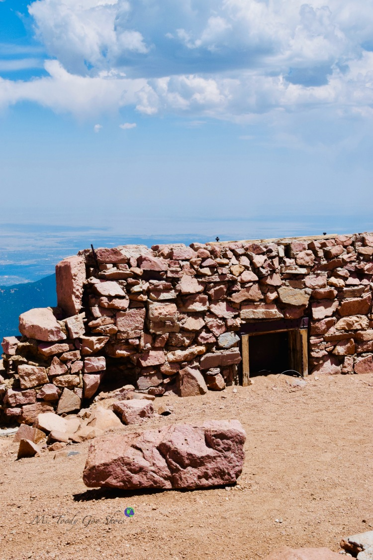 The original Summit House at Pikes Peak, Colorado Springs | Ms. Toody Goo Shoes
