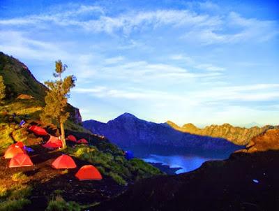 Puncak Gunung Rinjani Lombok