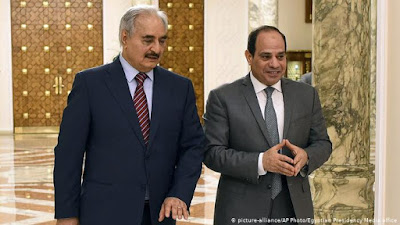 مباحثات مكثفه بالغردقة لتوحيد الجيش الليبي ومصدر امنى ليبي