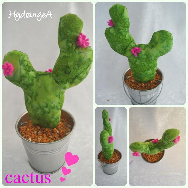Cactus de tela y fieltro con maceta de aluminio reciclada de una vela