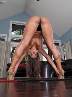 InTheCrack 1111 Alyssa Reece Full Picture Set