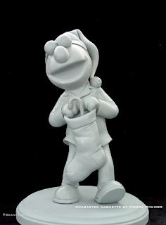 "pierre rouzier_Sesame Workshop - ""holiday elmo"" maquette"