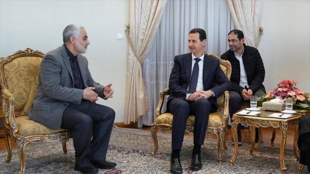 Siria condecora al general Soleimani con máxima medalla de honor