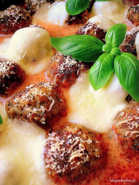 Klopsiki zapiekane z mozzarellą przepis