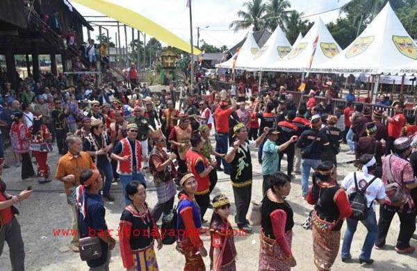 Sekitar 5000 Peserta Hadiri Seminar Internasional dan Ekspedisi Napak Tilas Damai Tumbang Anoi