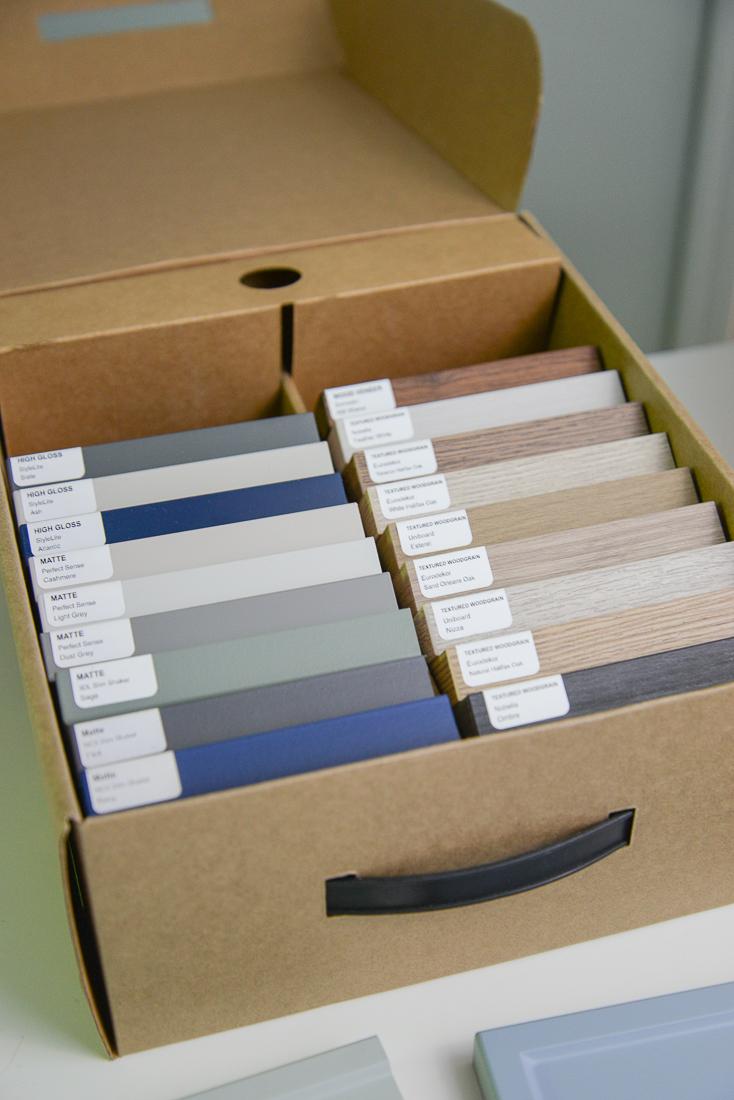 kitch doors, IKEA custom door, kitch door colours, kitch woodgrain shelves