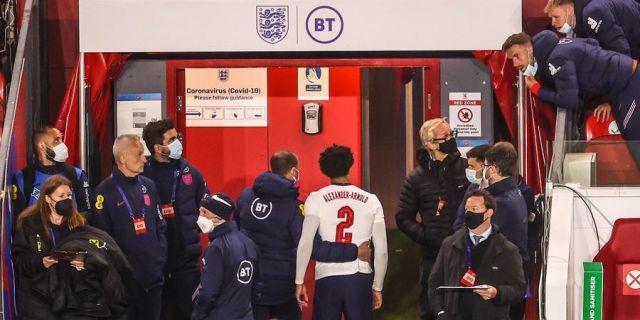 Gareth Southgate menjelaskan mengapa Jordan Henderson dicadangkan dan mengirim pesan ke Trent Alexander-Arnold - Liverpoolday