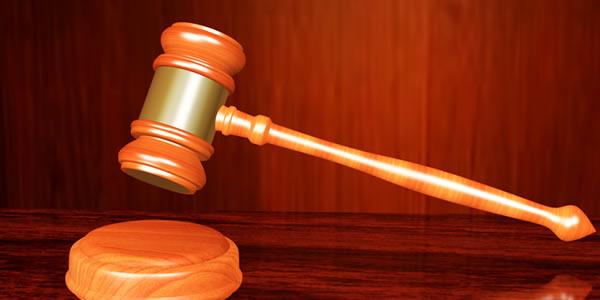 Justiça proíbe empresas de demitirem por 90 dias no setor de TI em SP.