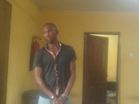 man steals prostitute money lagos