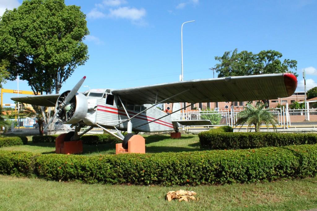 Самолет летчика по имени Джимми Энджел
