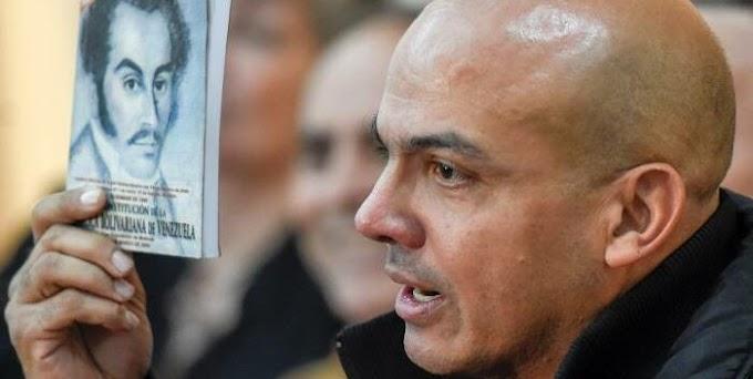 Difunden audio de Cliver Alcalá al entregarse a la inteligencia colombiana