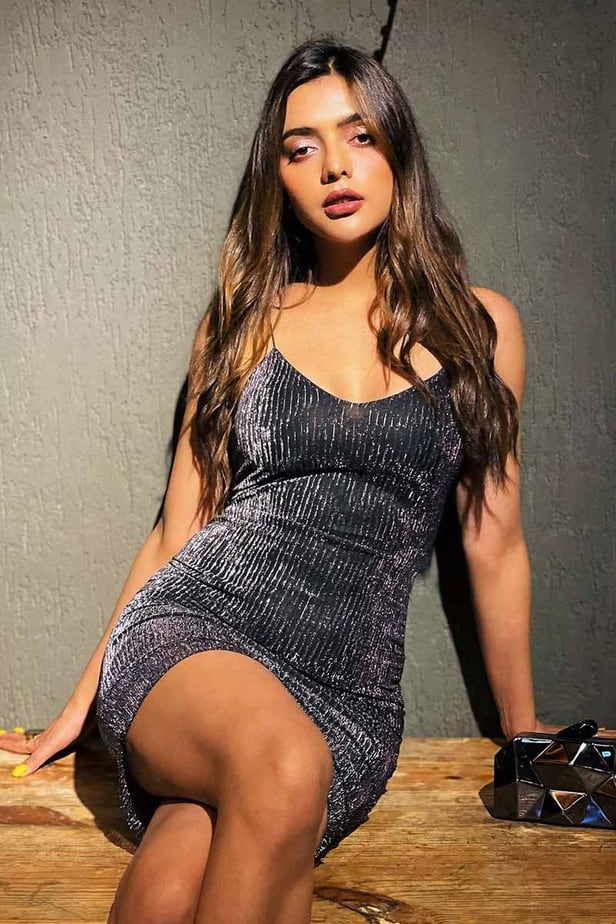 Actress Ruhi Dilip Singh Latest Hot Photos & Stills