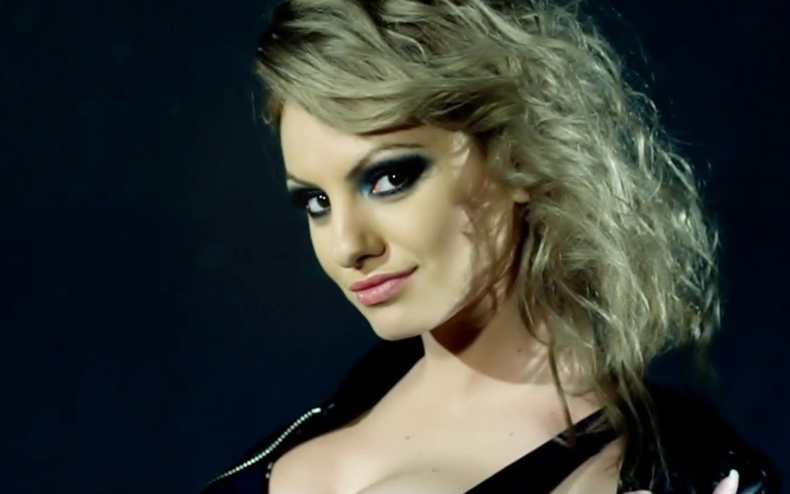 Celebrity top news biography of alexandra stan alexandra stan is a romanian singer alexandra stan was born on june 10 1989 in constanta romania she attended high school in the town of trajan and is thecheapjerseys Choice Image