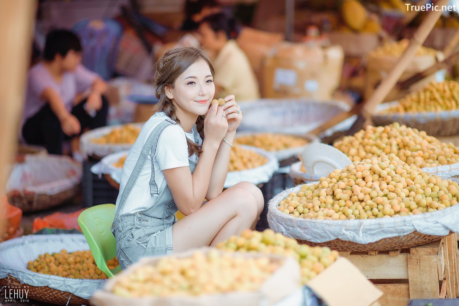 Image-Vietnamese-Hot-Girl-Photo-Album-Tomato-Little-Girl-Cute-TruePic.net- Picture-1