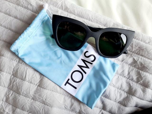 Toms 'Sydney' Sunglasses