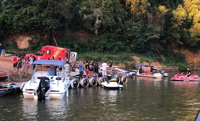 Corpo de Bombeiros foi chamado para atender colisão de jet skis em Candeias