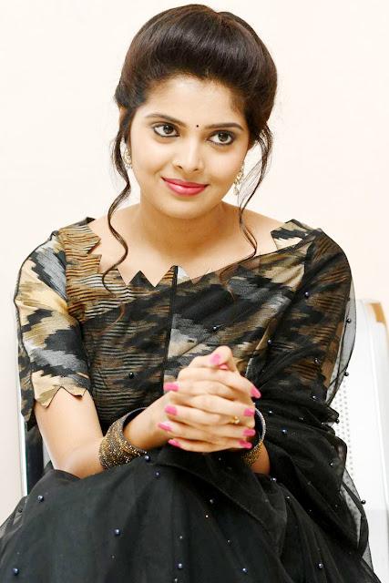 Actress Shravya