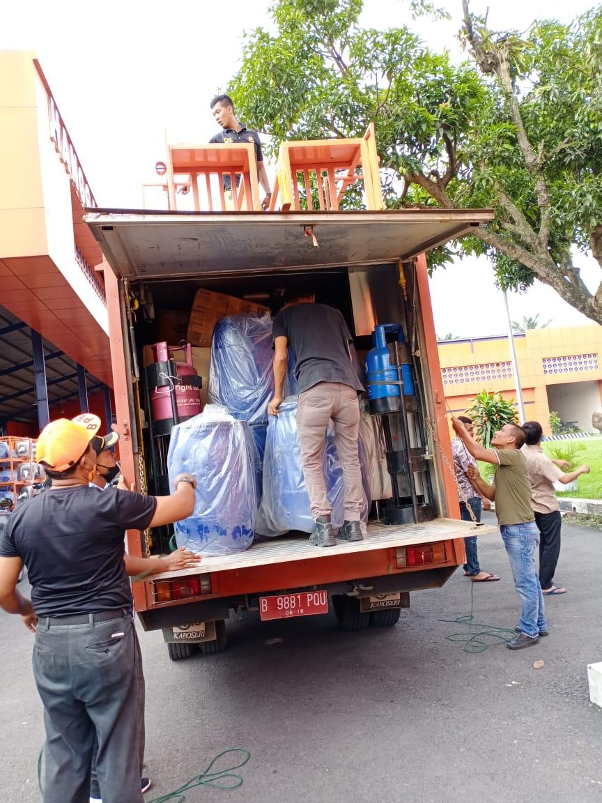 Pjs. Bupati Sergai Apresiasi Gubsu Yang Memberikan Bantuan APD