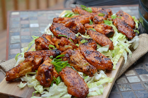 dry rub grilled chicken wings, grilled wing seasoning, kamado wings, how to make wings on the kamado,