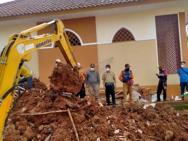 Bantu Korban Longsor Sumedang Kemensos Kucurkan Bantuan Lebih dari Rp.1 Miliar