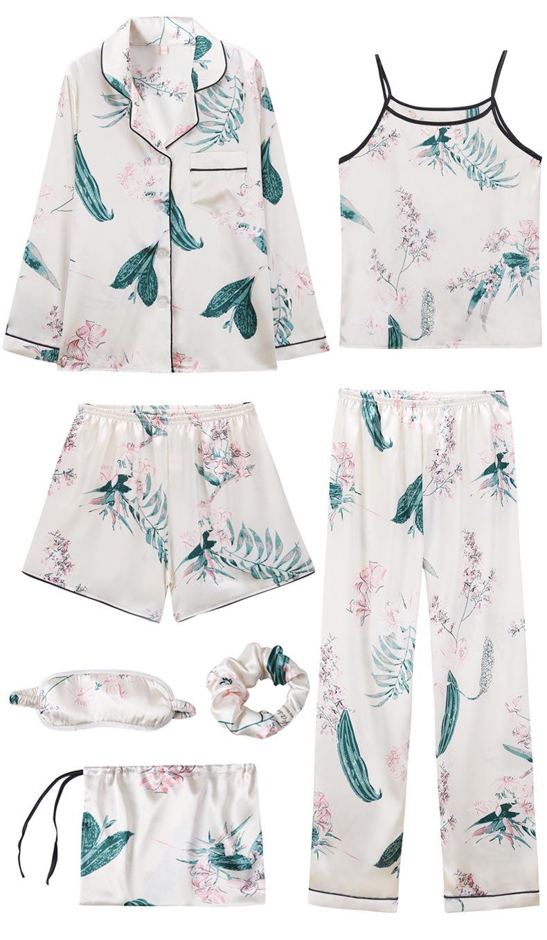 Bộ Pijama ngủ 7 chi tiết bằng lụa mặc nhà dễ thương 1