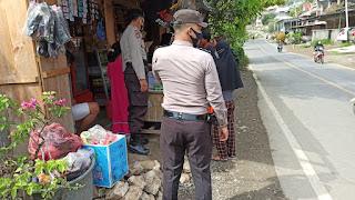 Kanit Sabhara Polsek Anggeraja Pimpin Anggota Patroli Dialogis