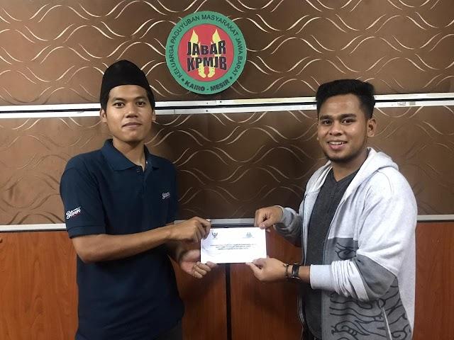 DKM Masjid Sekolah Indonesia Kairo (SIC) Berikan Infaq untuk WNI yang Berkeluarga; Berikut Jumlahnya.