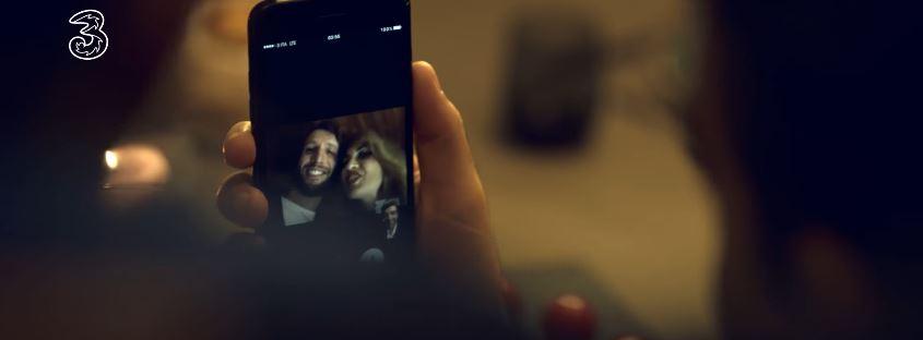 Attori e Attrici 3 Italia pubblicità iPhone7 con FREE di 3! con Foto - Testimonial Spot Pubblicitario 3 Italia 2016