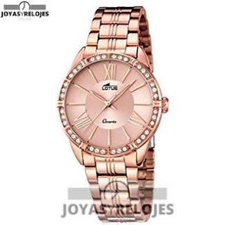 Reloj femenino y moderno mujer