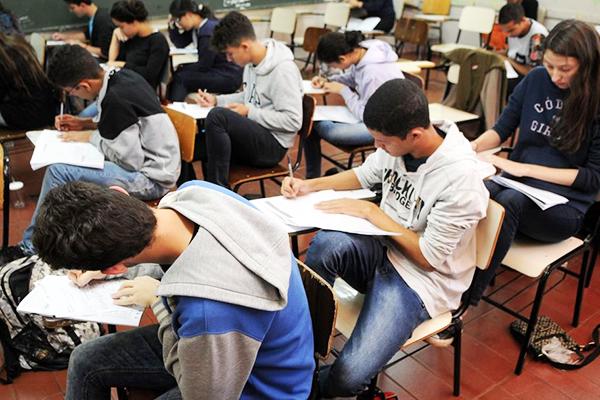 Estudantes no Enem 2016