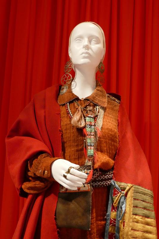 Tanton Cardinal Outlander Adawehi season 4 costume