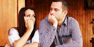 Όχι ρε φίλε, δεν είναι εντάξει να είσαι σε σχέση και να φλερτάρεις και με άλλους!