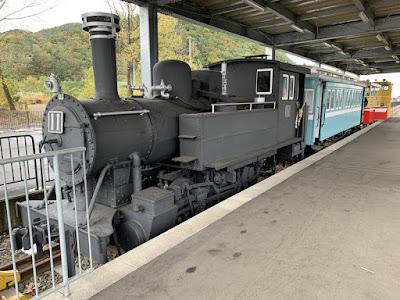蒸気機関車と貴賓客車