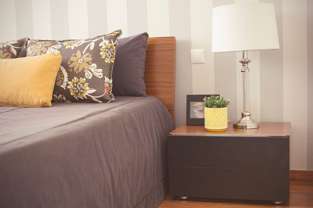 grey and yellow bedroom_simple and classy
