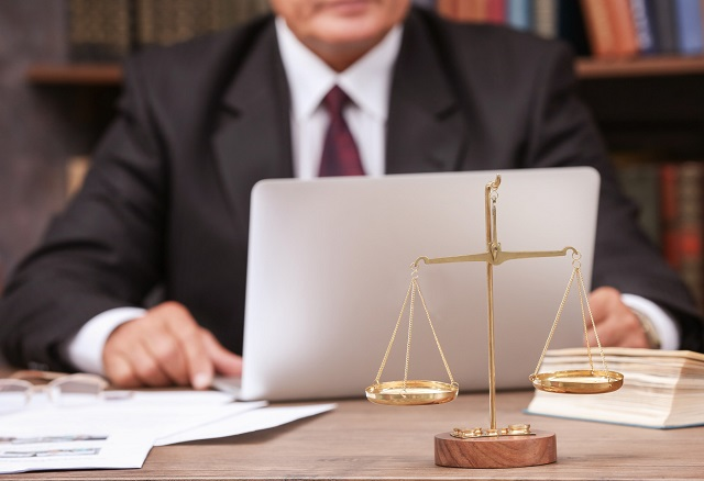 why hire Small Business Law Firm company lawyer